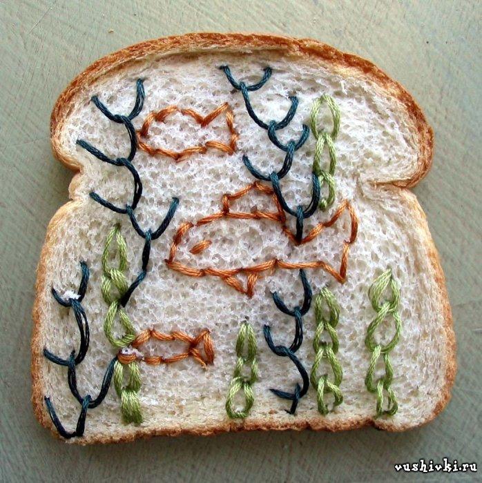 Чудесная вышивка на хлебе